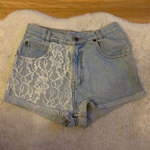 Arizona Jean Shorts with White Lace